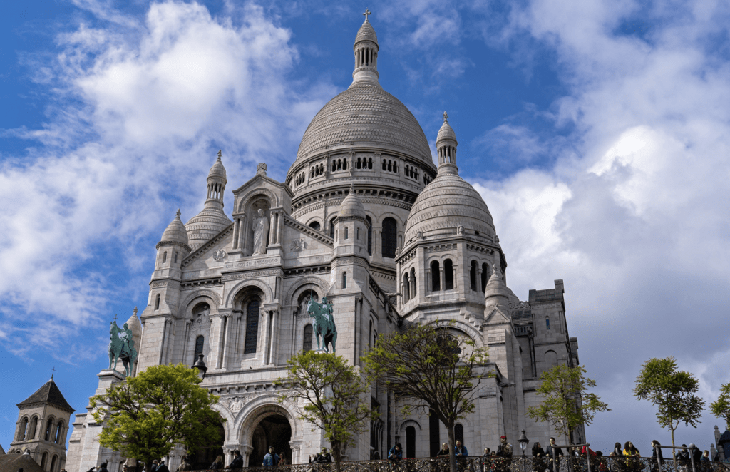Basilique du Sacré-Cœur. Que faire à Paris ? Monuments de Paris